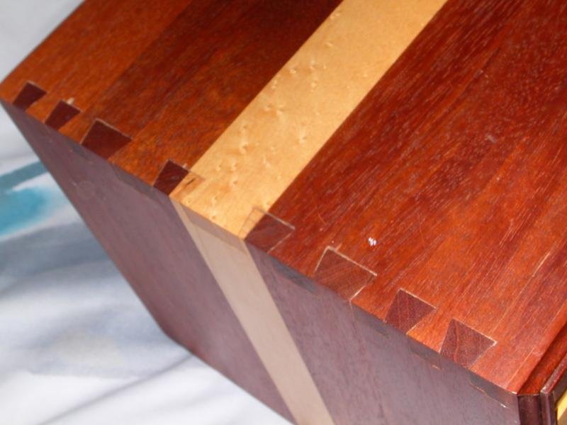 Detail of jewelry box carcase dovetails